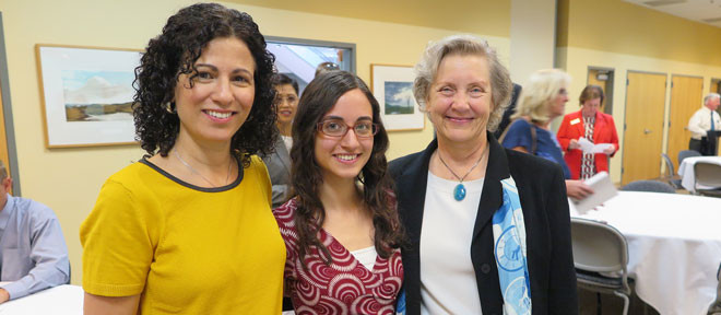 Alyssa Stubbs & mother Phoebe (George) Stubbs '85 with Dr. Ruth O'Keefe