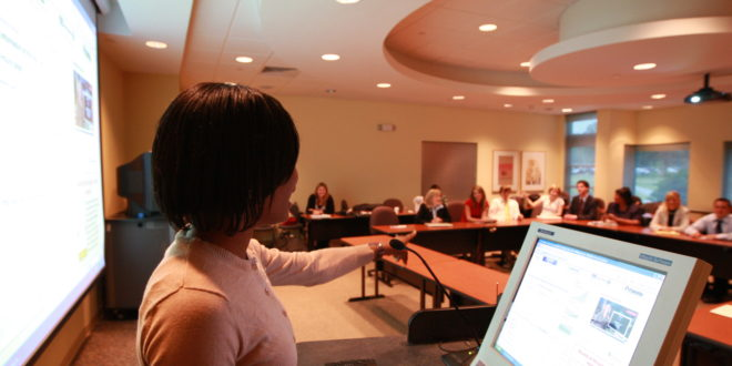 "Davis College of Business debuts on U.S. News ""Best Business Graduate School"" list for part-time MBA program"