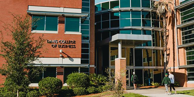 Exterior photo of Davis College of Business